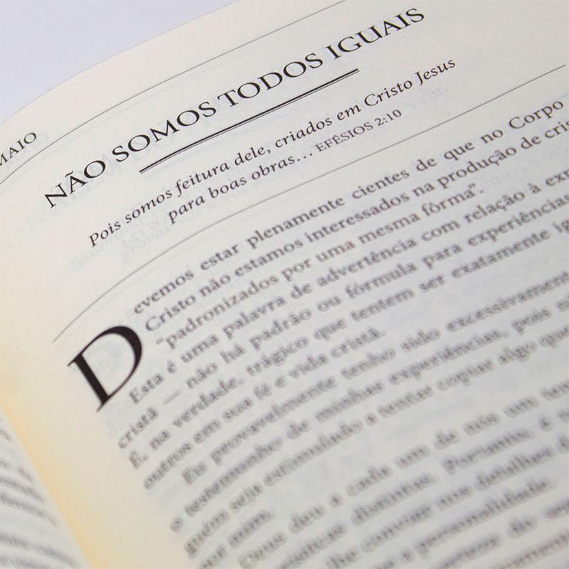Devocional: Dia Dia Com Tozer   Capa Luxo