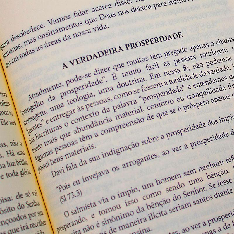 Livro: As Marcas Da Igreja   Márcio Valadão E Wellington Buchacra