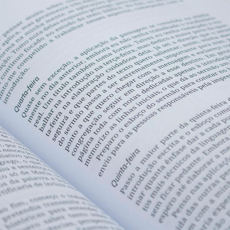 Livro: Comentário Bíblico - 1 E 2 Timóteo E Tito | Charles R. Swindoll