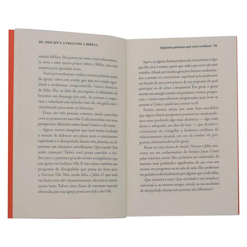 Livro: Discipulando com a Bíblia   David Helm