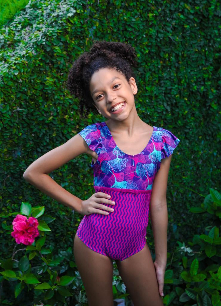 Maiô Yasmim floral roxo
