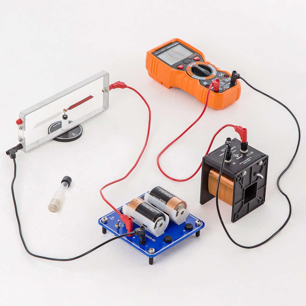 Conjunto eletromagnetismo, com suporte para alimentação CC