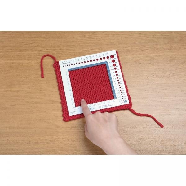 Régua para medir amostra e agulhas de tricô e crochê- Clover 3200