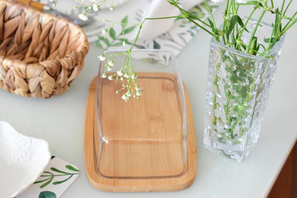 Manteigueira de bambu c/tampa de plastico