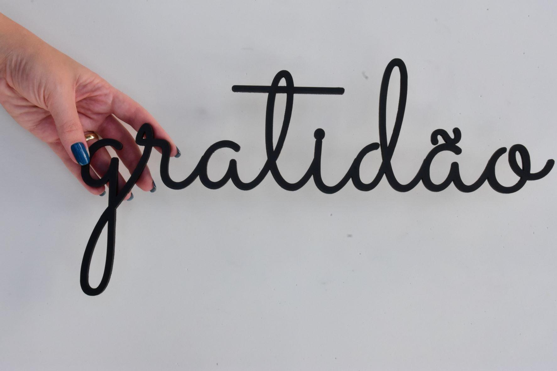Palavras em MDF na cor Preta Gratidão