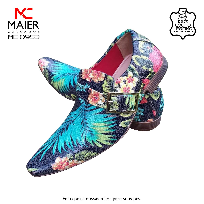 SAPATO ARTESANAL COM DISIGNE RENOMADO - feito em couro floral, com bico quadrado médio - BF, salto em couro 3cm e solado TR Caramelo