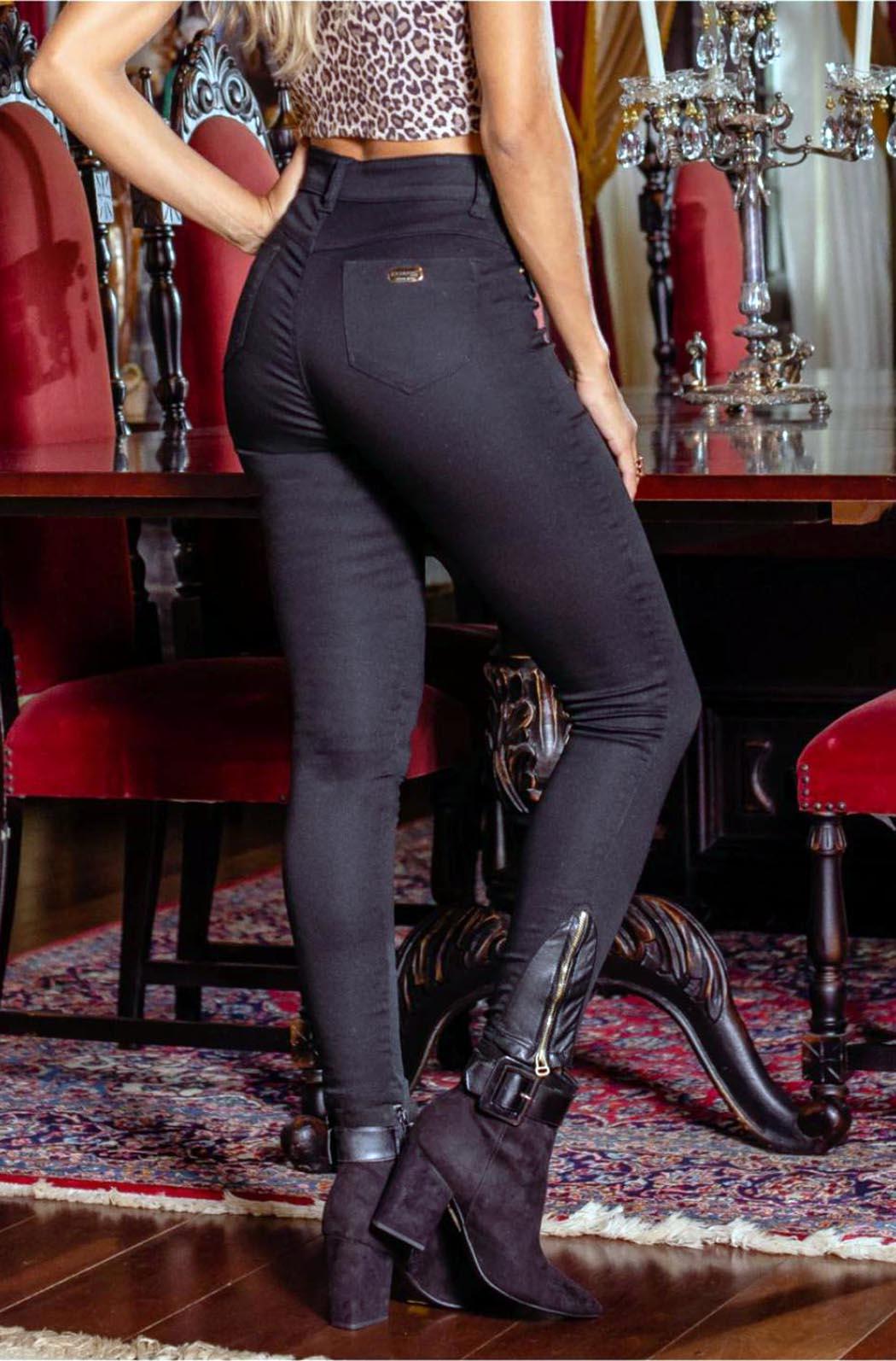 Calça feminina super alta cigarrete com det. ziper de couro