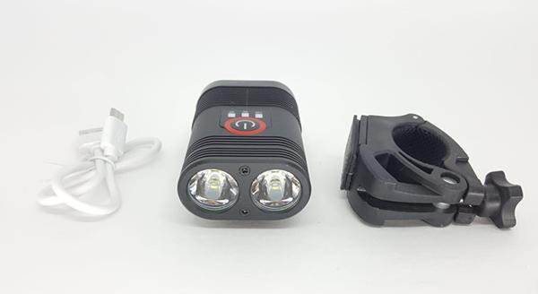 FAROL TSW COM CARREGADOR USB 600 LUMENS PRETO