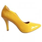Scarpin Salto Alto Amarelo Ouro