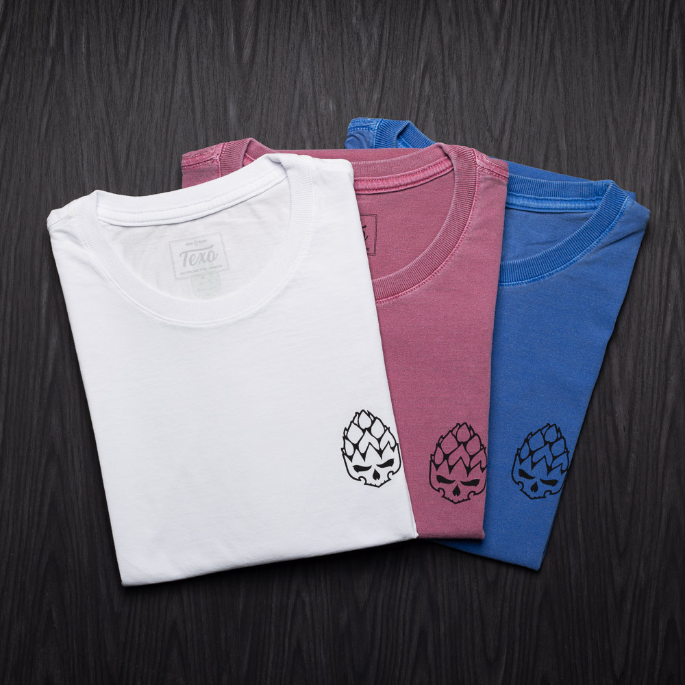 Kit 3 Camisetas Hopskull Contorno - Branca, Bordô Estonada e Azul Estonada
