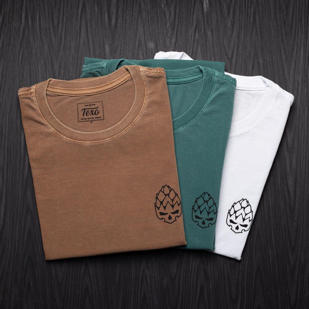 Kit 3 Camisetas Hopskull Contorno - Marrom Estonada, Verde Estonada e Branca