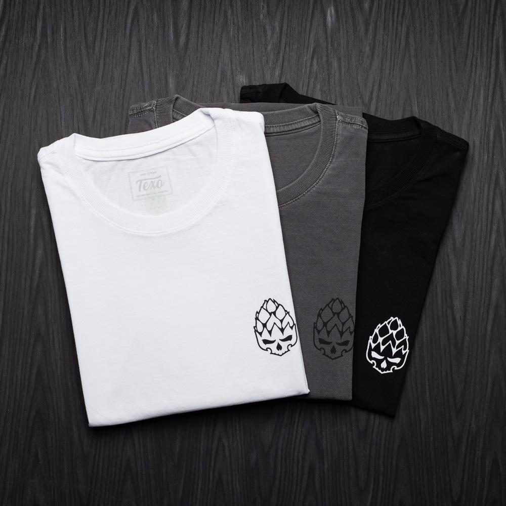 Kit 3 Camisetas Hopskull Contorno - Branca, Preta Estonada e Preta