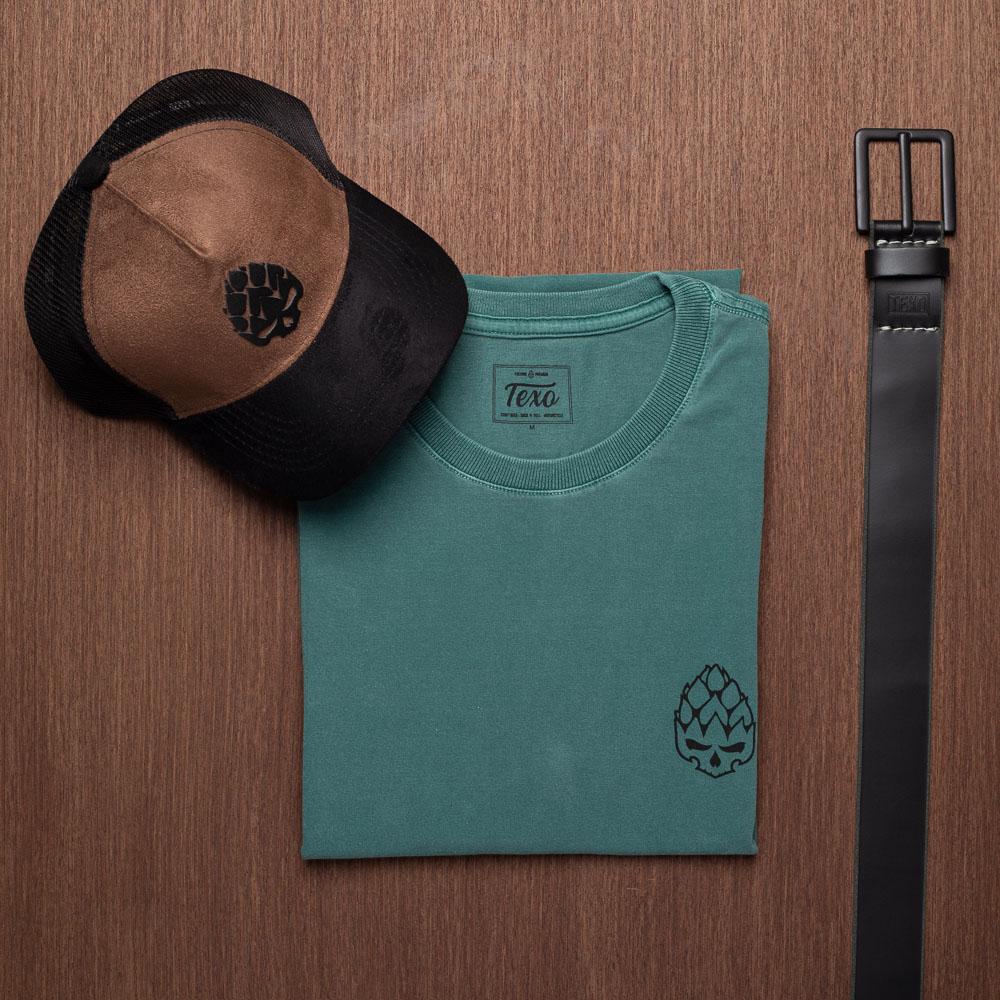 Kit Boné Good Idea Marrom + Camiseta Hopskull Contorno Verde Estonado + Cinto Viper em Couro Legítimo Preto