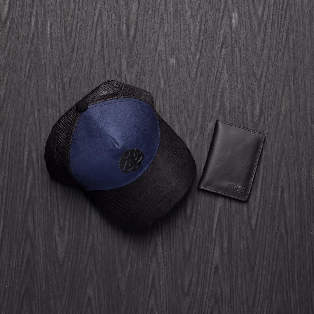 Kit Boné Trucker Good Idea Azul + Carteira Mini em Couro Legítimo Preto