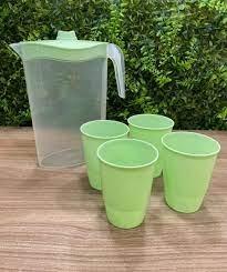 Jarra Com 4 Copos Para Servir 1,8 Litros verde e branco  - Keita