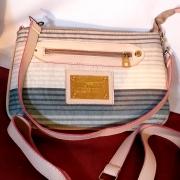 Bolsa de Ombro Francesa Elegante em estado de nova