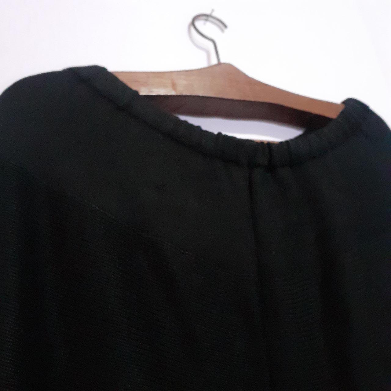 Calça Preta de Lã Tam 44