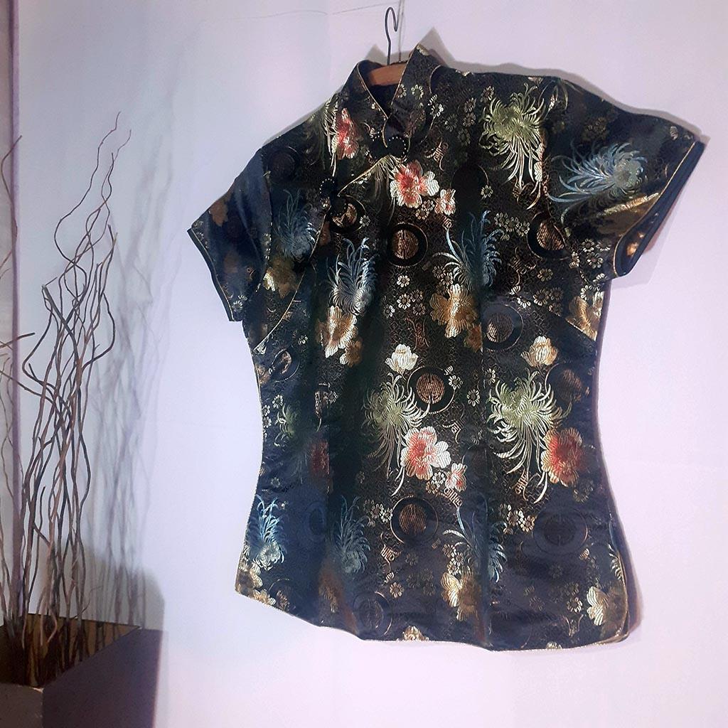 Camisa Estilo Oriental Linda Tamanho M