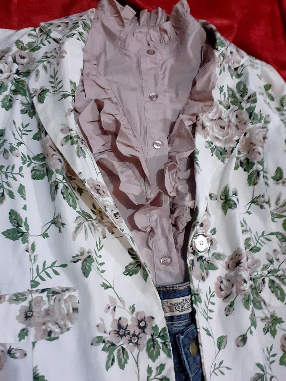 Casaquinho Florido Super Confortável, Leve e Elegante Tam M