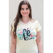 T-shirt Perolada | Fé é Certeza | Marfim