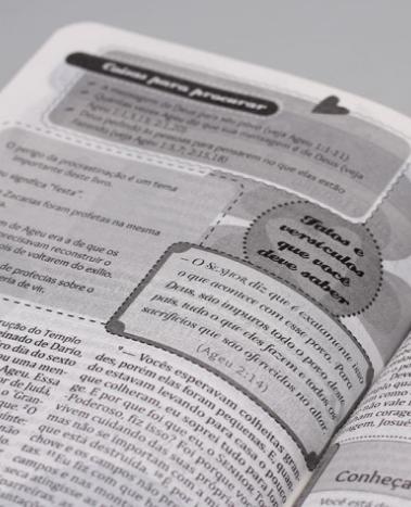 Bíblia da Garota Cristã | NTLH | Letra Normal | Flores