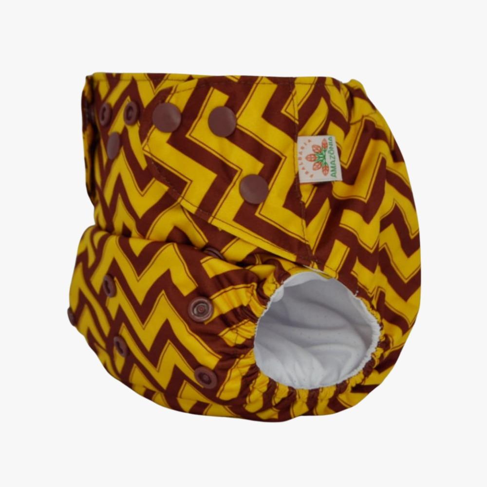 Capa para Fralda Ecológica Diurna 2 em 1 - Geométrica amarelo e marrom - Chá de Fraldas