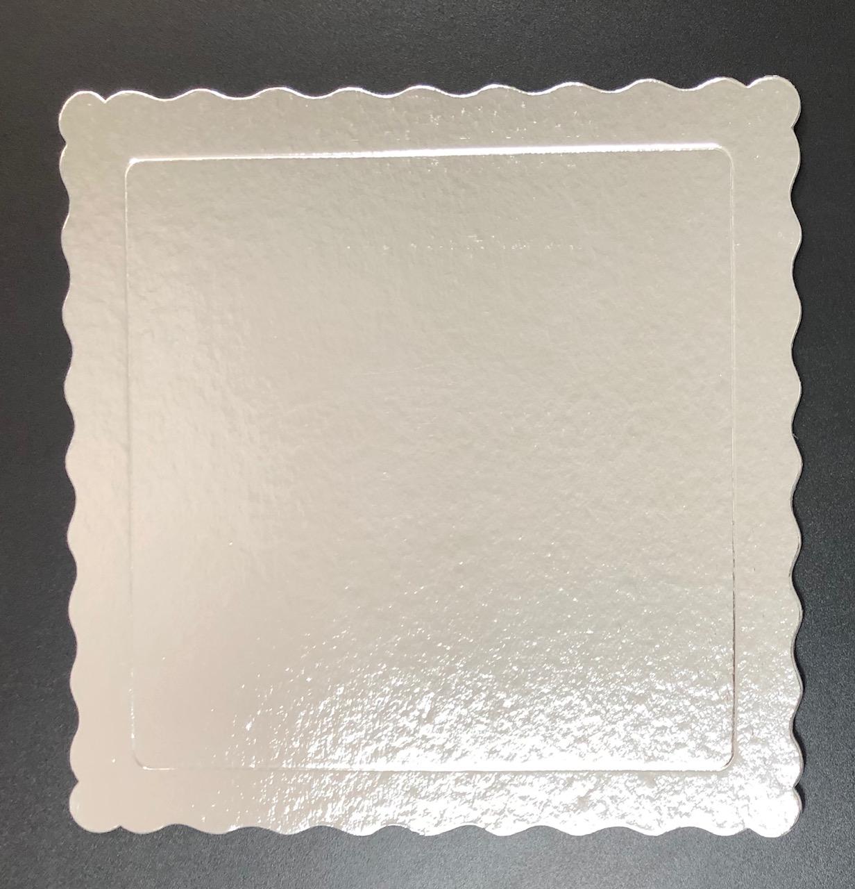 100 Bases Laminadas Para Bolo Quadrado, Cake Board 28x28cm - Prata