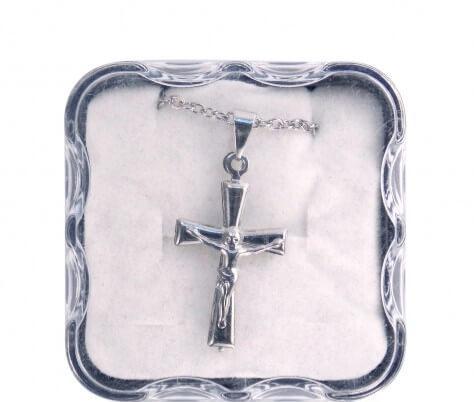 Colar com Crucifixo de Inox - 30 cm