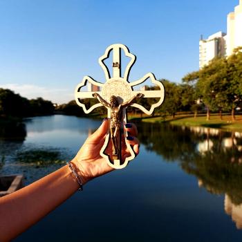 Crucifixo de Parede  MDF Gravado Lazer