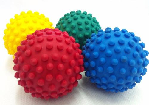 Brinquedo para Cães e Gatos Bola Cravo Flexível Resistente - Cores Sortidas