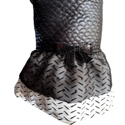 Vestido Chic com Laço Matelassê Preto