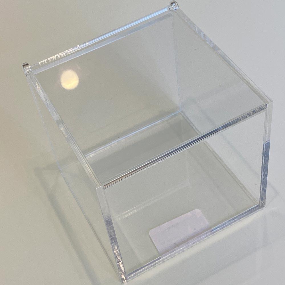 Caixa de acrílico de cápsulas