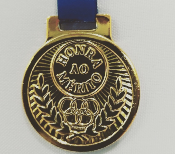Medalha Metal Dourada 3,5cm a unid -