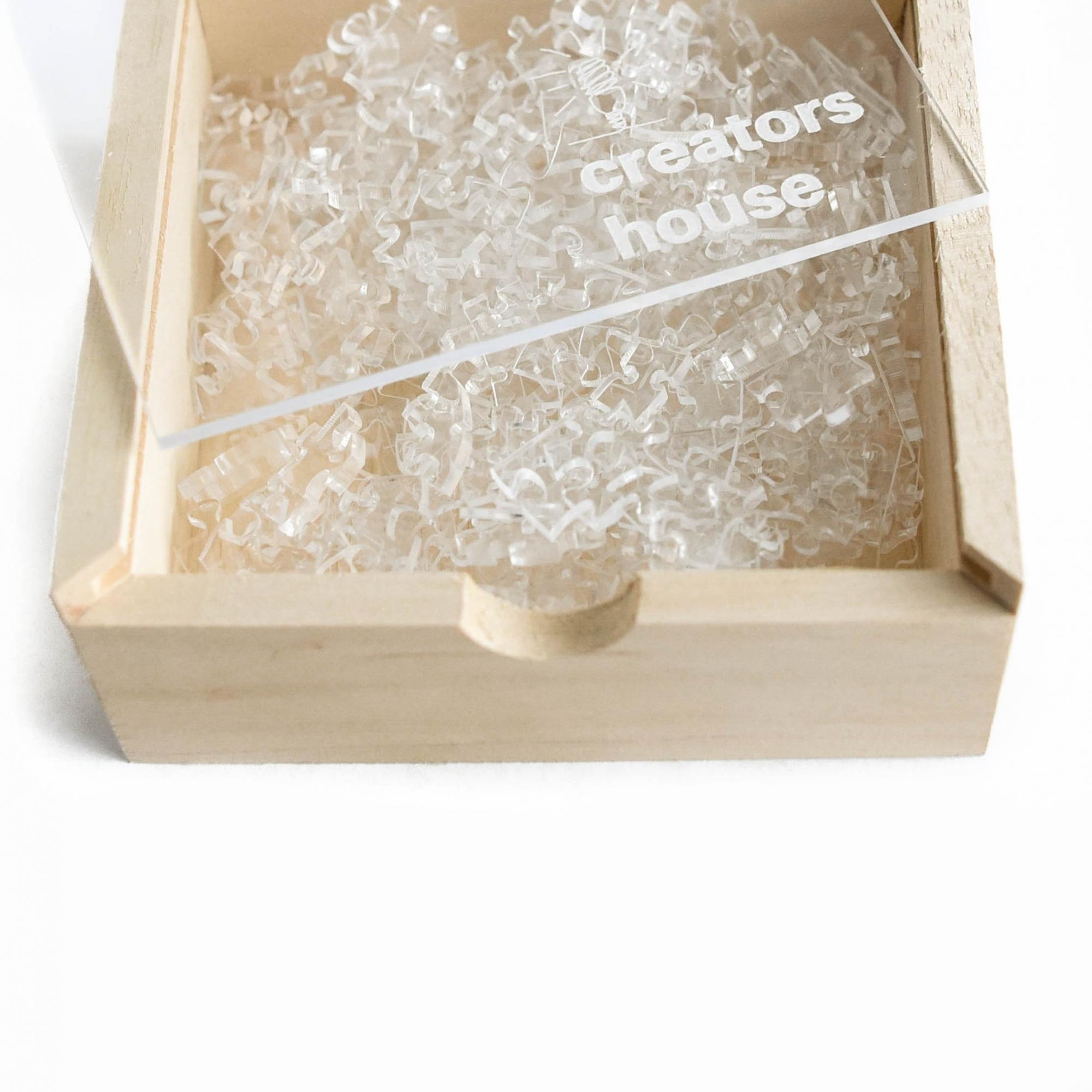 Quebra Cabeça Transparente Médio (70 Peças)  + Caixa