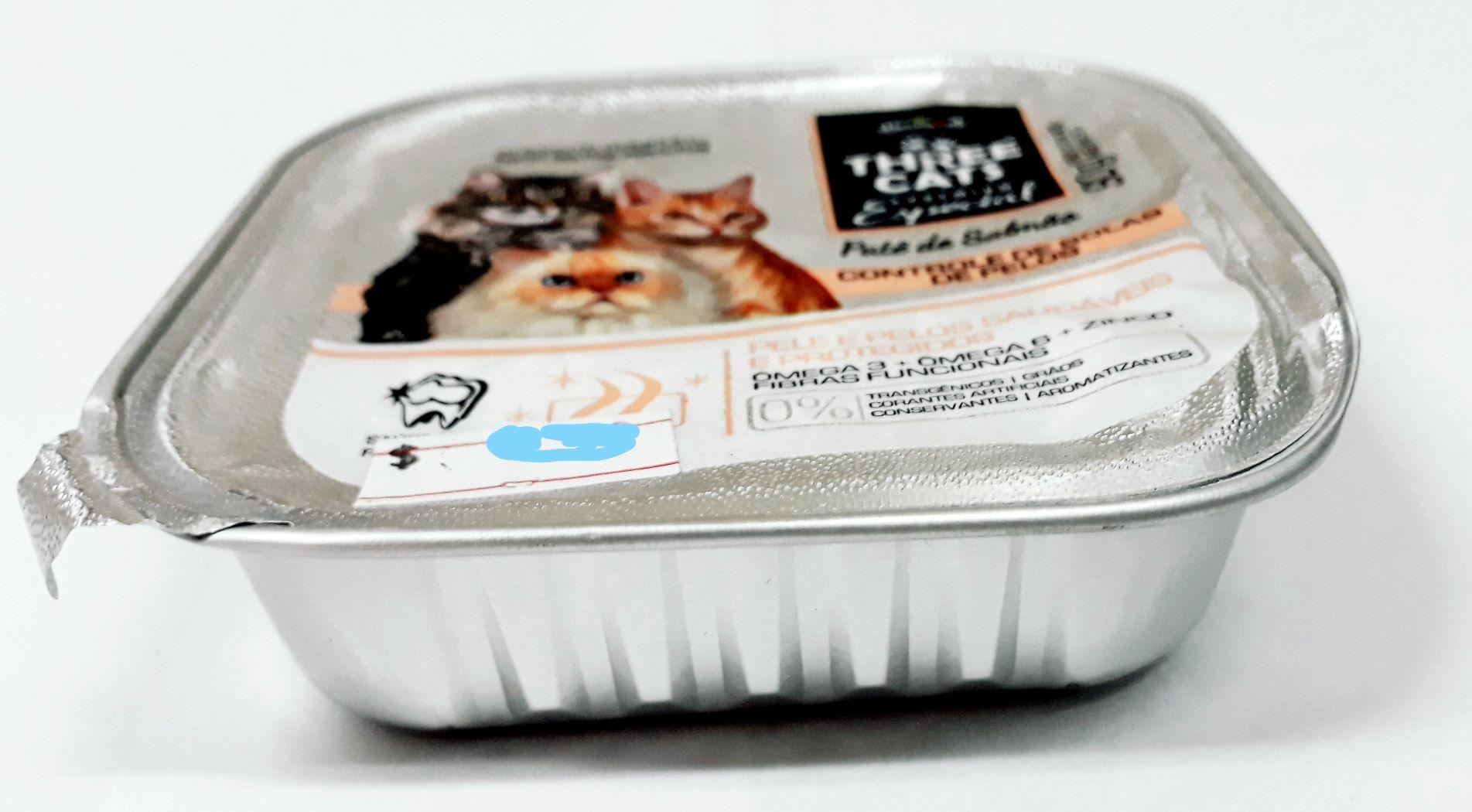 Latas De alimento Úmido Threecats Bola Pelo Patê Salmão 90g