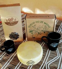 Kit 10 - Café + caneca pequena + caneca longa + queijo canastra zé mario