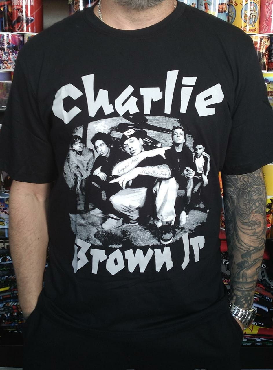 CAMISETA CHARLIE BROW JR