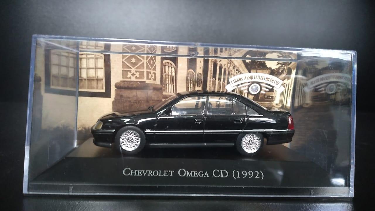 MINIATURA CHEVROLET OMEGA CD 1992 METAL 1:43