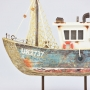 Barco Pesqueiro Envelhecido Azul Pequeno com LED YM-89