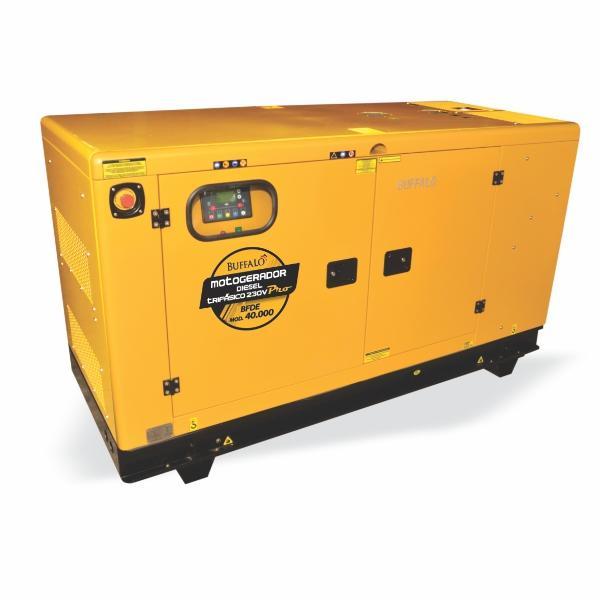 Gerador Buffalo BFDE 40000 Silencioso Trifásico 230v Com Ats / Bateria Part Elétrica 75434 (a Diesel, Refrigerado a Água)