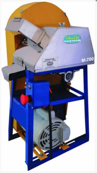 Moenda de Cana Vencedora M-700 rolos INOX, com motor 220v e chave de reversão,