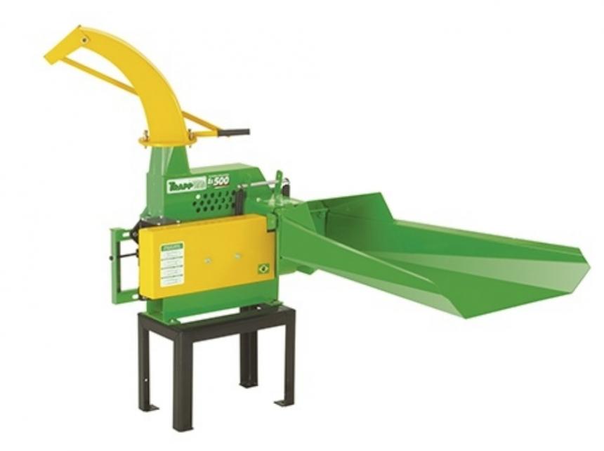 Picadeira Ensiladeira Trapp ES-500T c/ acopl. convencional para trator