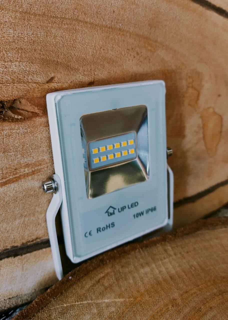 refletor IPD LED 10w Branco - Potencia REAL - 3000K  - Giamar