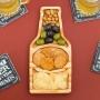 Kit com 2 petisqueiras para servir de madeira caneca de chopp e garrafa de cerveja