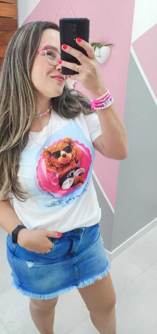 Corina T-Shirt Off White Estampada - Urso bóia