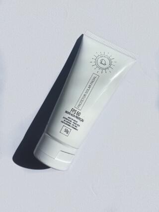 Deisy Perozzo Protetor Solar Facial FPS 60