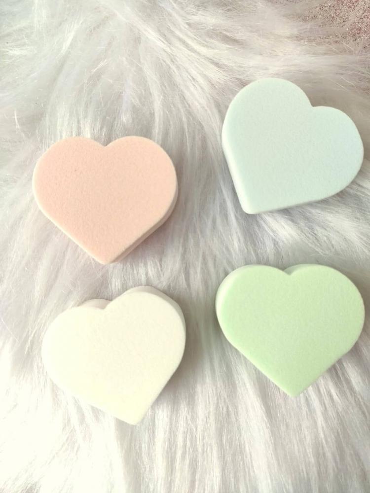 Kit com 4 esponjas para maquiagem - Coração / Gota
