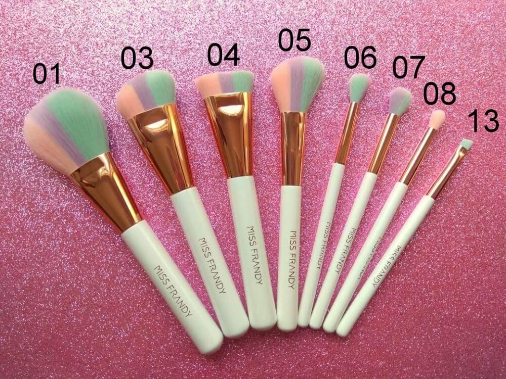 Miss Frandy Pincel Profissional para Maquiagem Candy Color e Rosé - Vendido separadamente