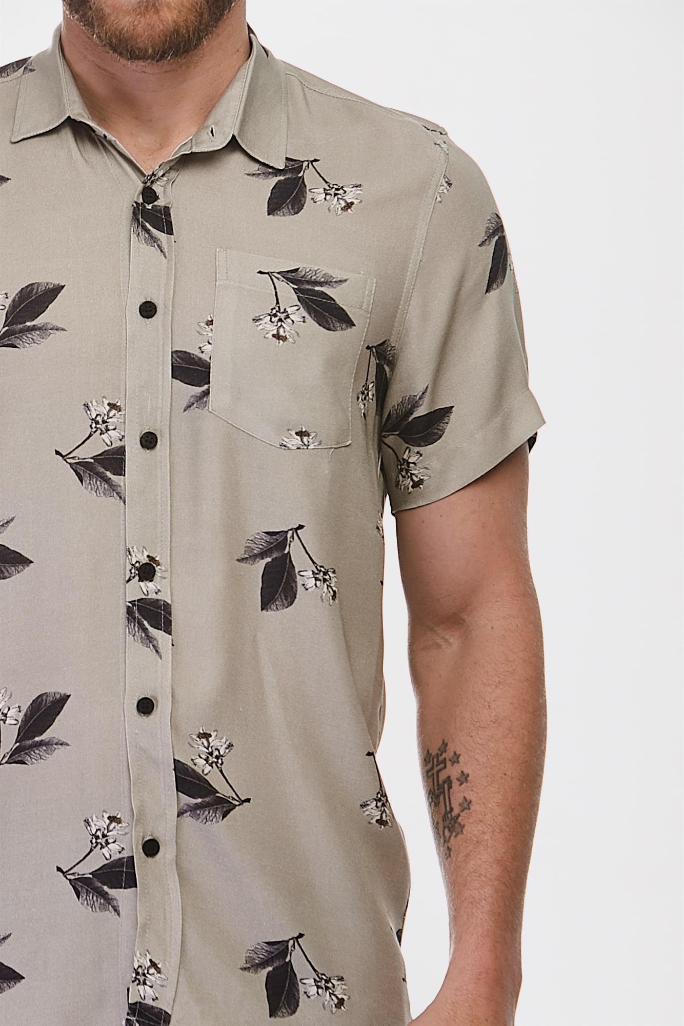 Camisa Mc Nightly Flower