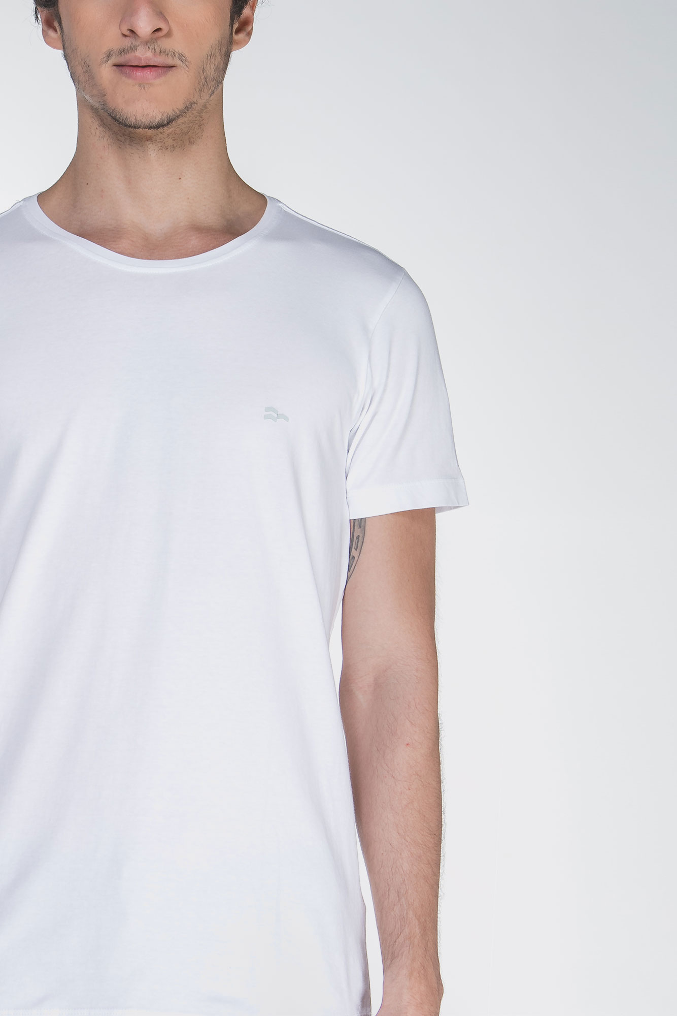 Camiseta Basic Egypt Branco/Branco